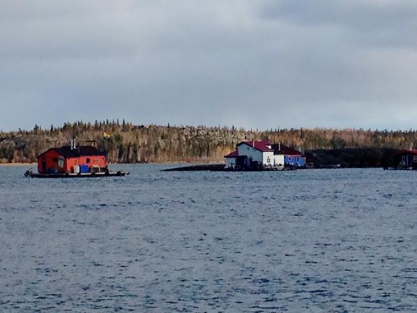 Houseboats Yellowknife