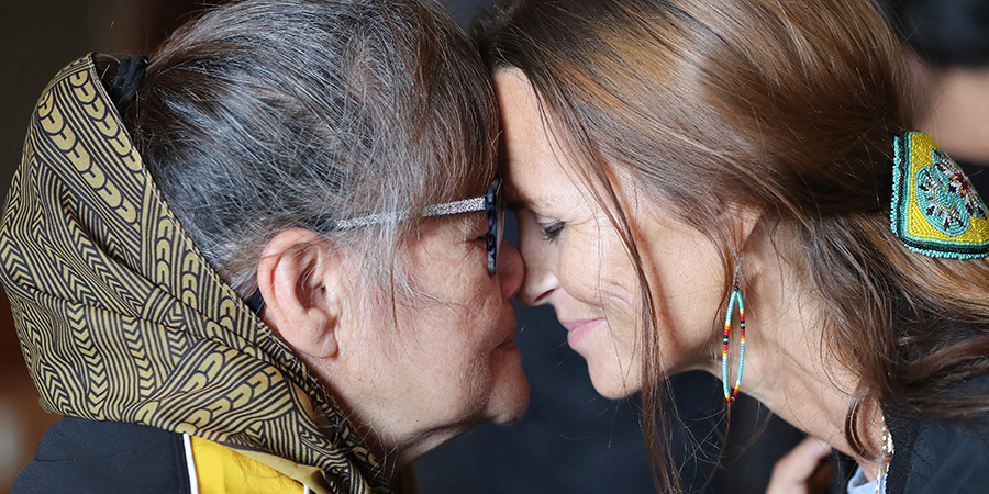 Hongi traditional Māori greeting at the Power of Inclusion conference in New-Zealand   Photo by Michael Bradley